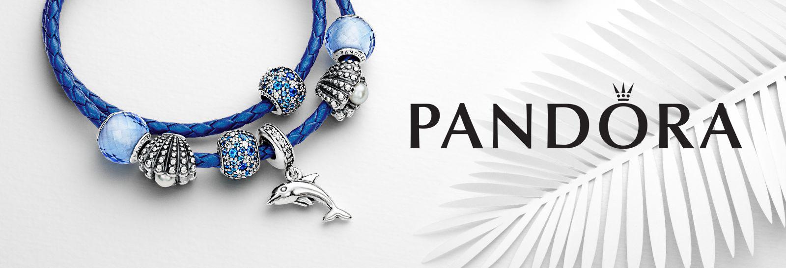 Abalorios, collares y pulseras Pandora.